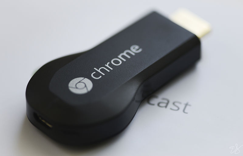 800px-Chromecast_dongle.jpg