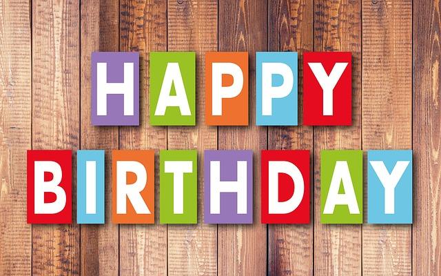 birthday-2808536_640.jpg