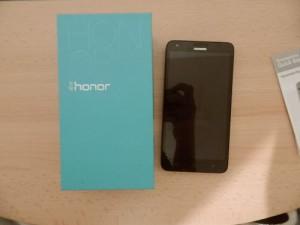 huawei-honor-3x-pro-verpackung-1-300x225.jpg